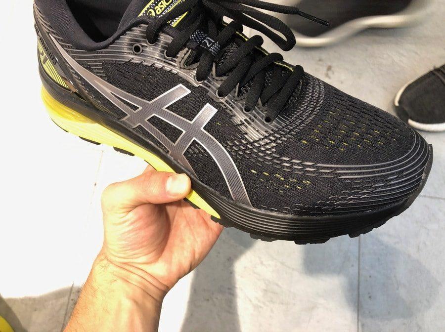 Das Obermaterial in einem Halbmarathonschuh ist sehr wichtig. Es sollte atmungsaktiv sein und den Fußschweiß abtransportieren